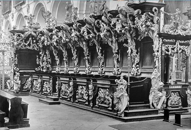 Lubiąż - zdjęcie archiwalne ze strony: http://fotopolska.eu/195128,foto.html