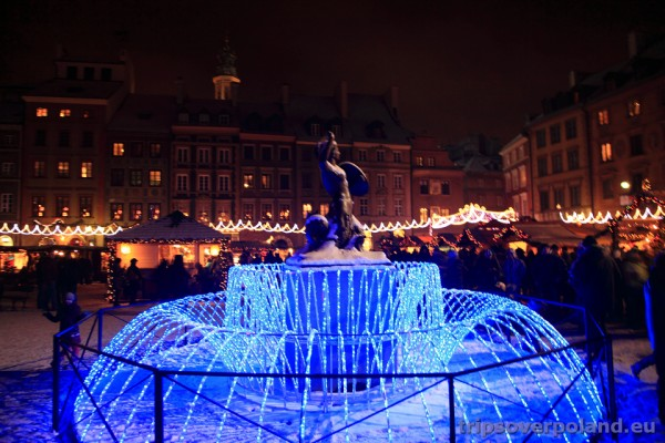Warszawa - Syrenka na Rynku Starego Miasta