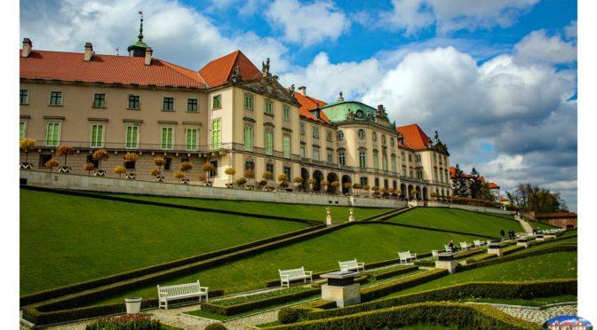 Krótki spacer od Zamku Królewskiego do Pałacu Krasińskich w Warszawie
